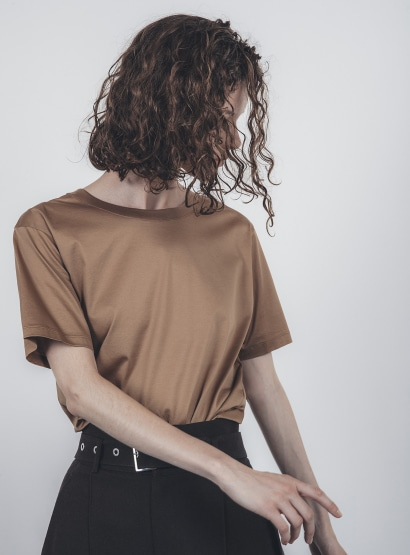 レギュラーTシャツ
